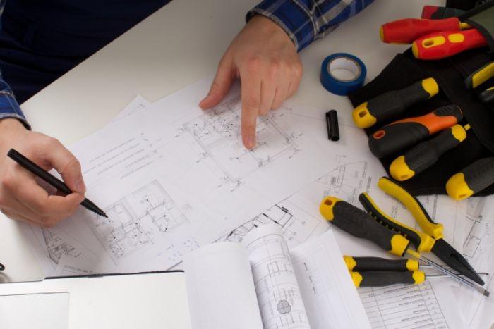 図面と工具